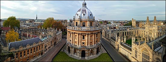 Oxford University: Pilgrims Society central.